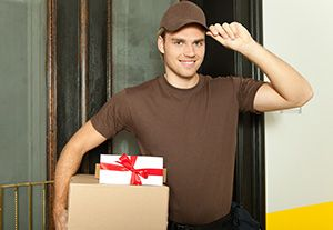 Rainham package delivery companies RM13 dhl