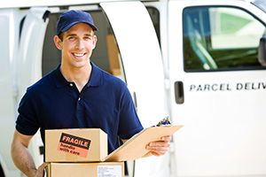 Hainault parcel courier IG7