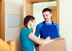 Herefordshire cheap courier service HR1